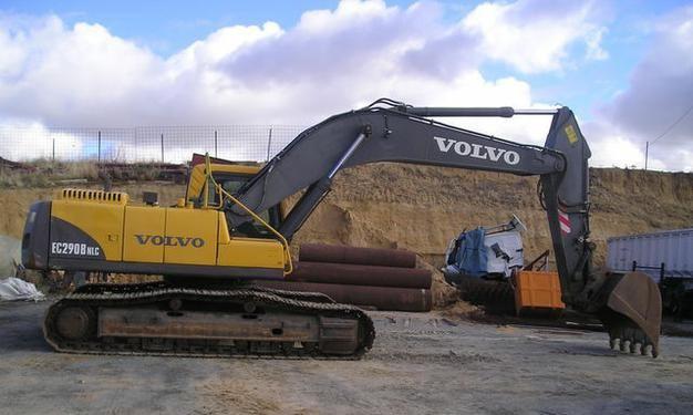 Аренда болотного экскаватора Volvo 290